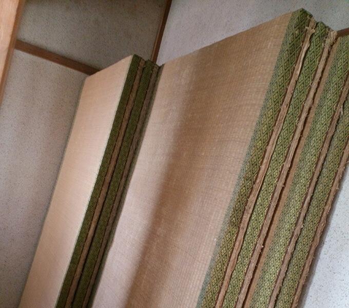 和室を洋室にするため大量に出た廃棄畳