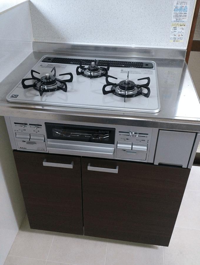 キッチンDIYアフター リンナイの3口ガスコンロ