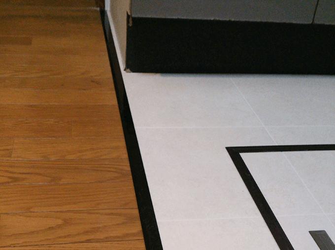 キッチンDIY 床はビニールクロスを貼った